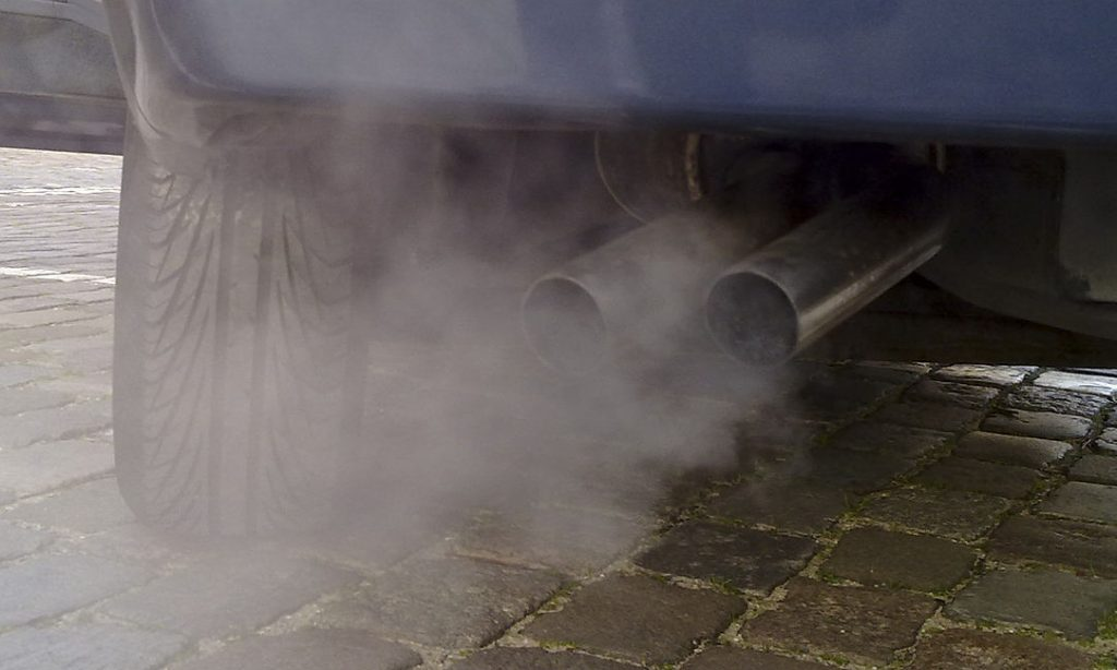 La preocupante relación entre contaminación, tráfico y ruido y las enfermedades neurodegenerativas