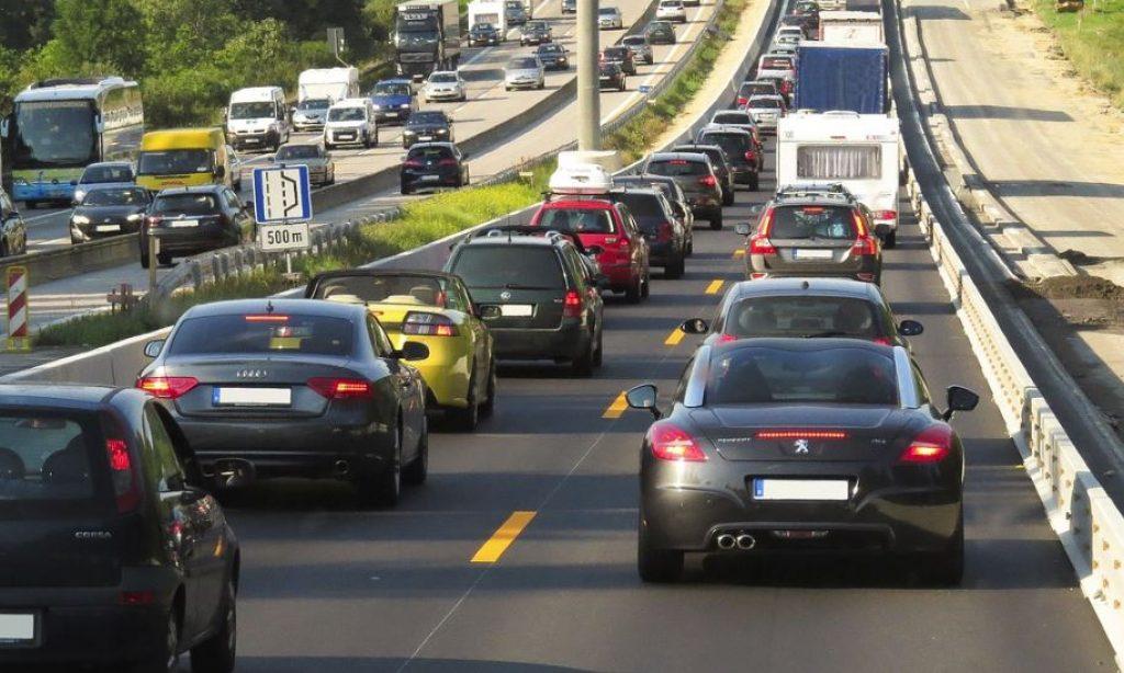 El ruido provocado por los medios de transporte afecta a nuestra salud