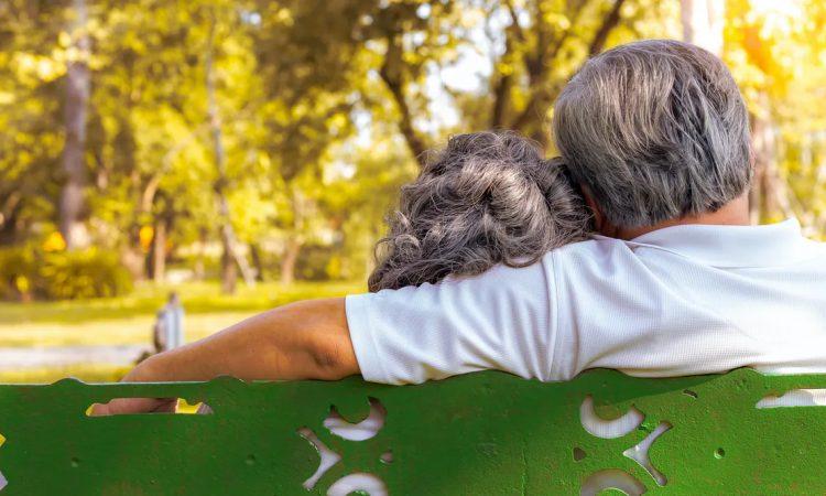 COVID-19 y personas mayores:  ¿puede influir el aislamiento social en la enfermedad?